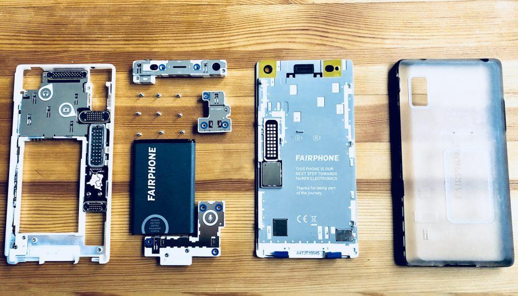 オランダのスタートアップが開発した「世界一エシカルなスマートフォン」Fairphone